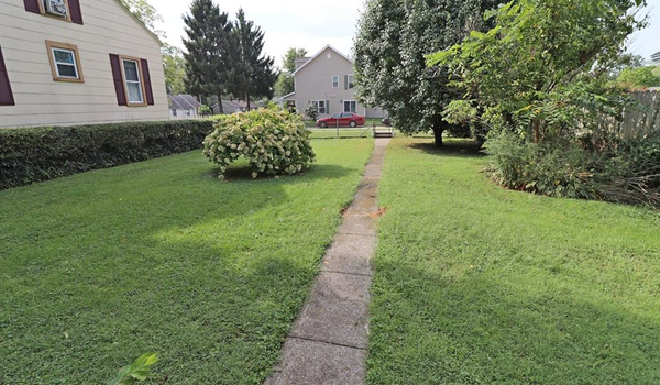 Picture of 1067 Eureka DR, KETTERING, OH 45419