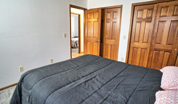 Picture of 7515 Whispering Oaks Trail, Tipp City, OH 45371