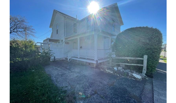 Picture of 40 N 1st Street, Fairborn, OH 45324