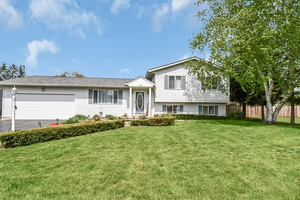Picture of 2000 Huron Drive, London, OH 43140
