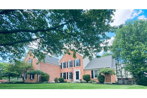 Picture of 6542 Meadowbrook Court, West Chester, OH 45069