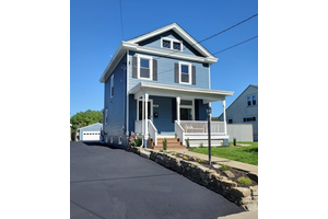 Picture of 328 Crescent Avenue, Wyoming, OH 45215
