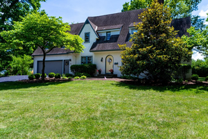 Picture of 35 Erie Avenue, Glendale, OH 45246