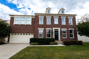 Picture of 6611 Thistle Grove, Hamilton Twp, OH 45152