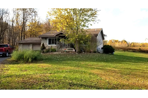 Picture of 825 W Champlin Road, Wilmington, OH 45177