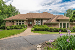 Picture of 3695 W Franklin Street, Bellbrook, OH 45305