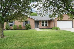 Picture of 818 Ginger Ridge Drive, Trenton, OH 45067