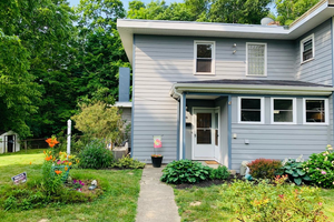 Picture of 20 Falcon Lane, Greenhills, OH 45218