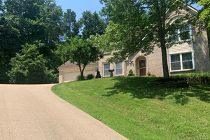 Picture of 731 Creekwood Bluff Drive, Miami Twp, OH 45150